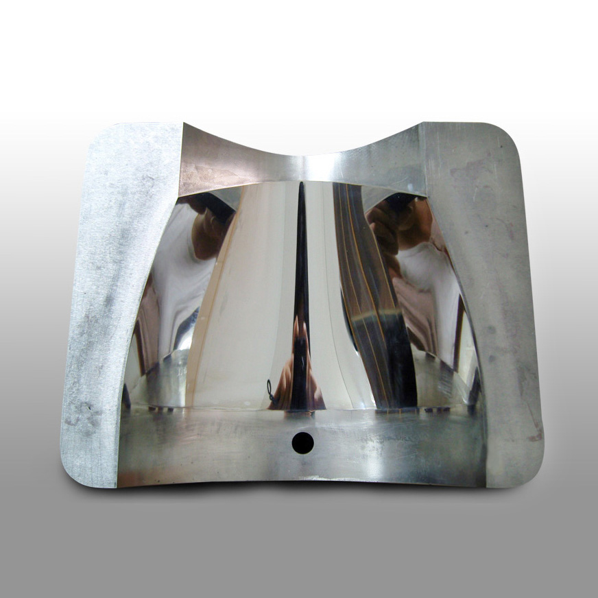 Highlight Polishing Plastic Mould Featured Image